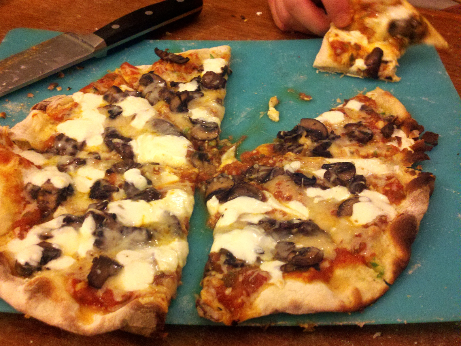 anchovies, sauteed mushrooms, caramelized onions