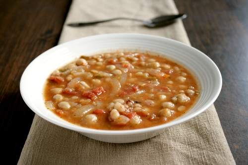 turkish bean and vegetable soup